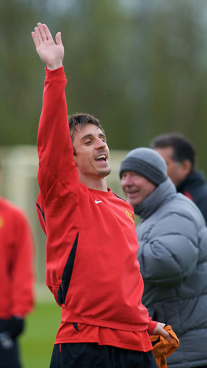 MANCHESTER, ENGLAND - Sunday, April 27, 2008: Manchester United's Gary Neville during training at Carrington ahead of the UEFA Champions League Semi-Final 2nd Leg against FC Barcelona. (Photo by David Rawcliffe/Propaganda)