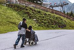 THEMENBILD - ein Arabischer Tourist und eine Arabische Frau mit Burka im Rollstuhl am Kitzsteinhorn, aufgenommen am 16. Juli 2019 in Kaprun, Österreich // an Arab tourist and an Arab woman with a burka in a wheelchair at the Kitzsteinhorn, Kaprun, Austria on 2019/07/16. EXPA Pictures © 2019, PhotoCredit: EXPA/ JFK