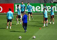 ALKMAAR - Bondscoach Dick Advocaat tijdens de persconferentie van het Nederlands elftal voorafgaand aan de wedstrijd tegen Bulgarije.  copyright robin utrecht