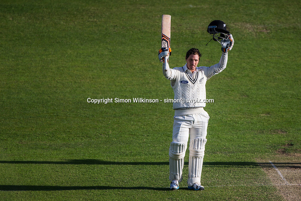 Picture by Alex Whitehead/SWpix.com - 31/05/2015 - Cricket - 2nd Investec Test: England v New Zealand, Day 3 - Headingley Cricket Ground, Leeds, England - New Zealand's BJ Watling celebrates his century.
