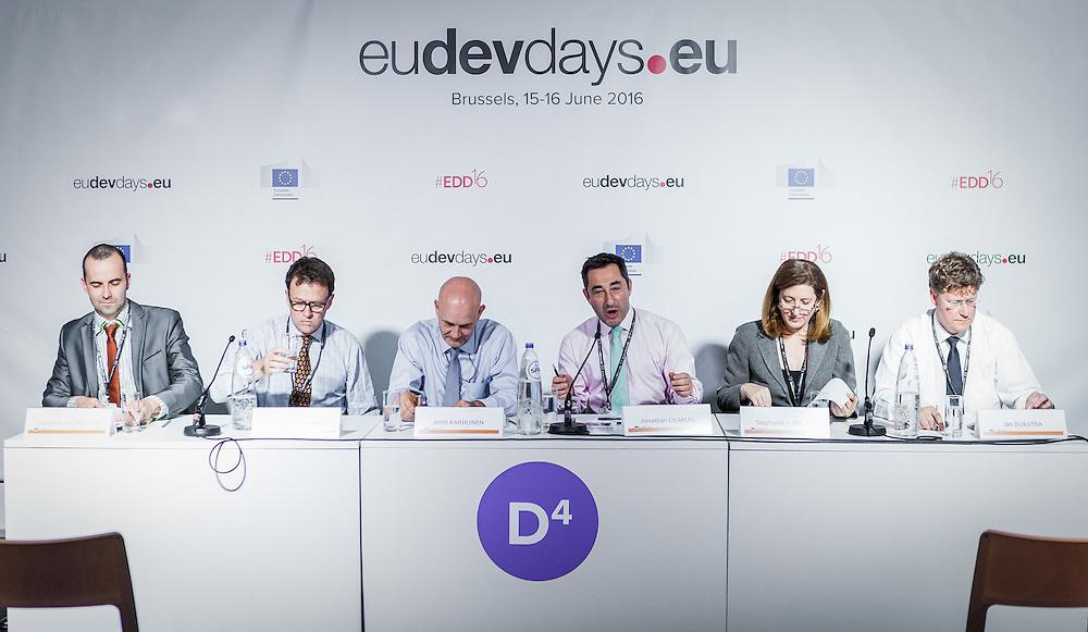 20160615 - Brussels , Belgium - 2016 June 15th - European Development Days - Spurring economic growth through private sector engagement - Jonathan Charles , Managing Director , Communications , EBRD - Moderator © European Union