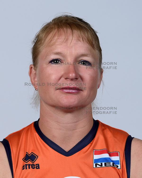 06-05-2014 NED: Selectie Nederlands zitvolleybal team vrouwen, Leersum<br /> In sporthal De Binder te Leersum werd het Nederlands team zitvolleybal seizoen 2014-2015 gepresenteerd / Paula List