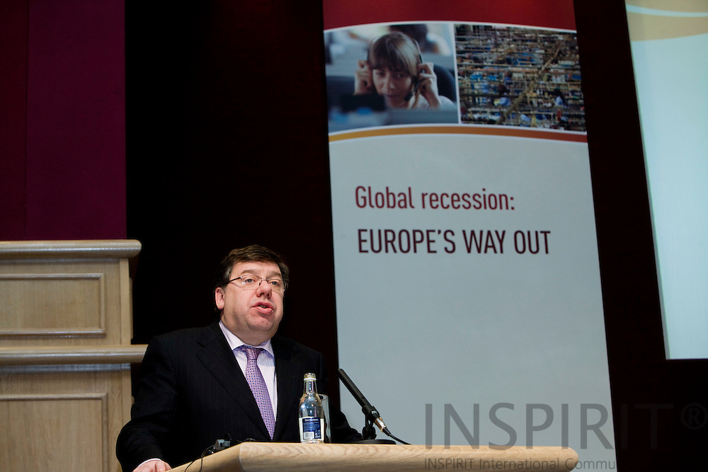 DUBLIN - IRELAND - 05 NOVEMBER 2009 -- Eurofound Forum - Global recession: Europe's way out. The Irish Primeminister, An Taoiseach, Brian Cowen, talking at the Forum 2009.   PHOTO: ERIK LUNTANG /  INSPIRIT