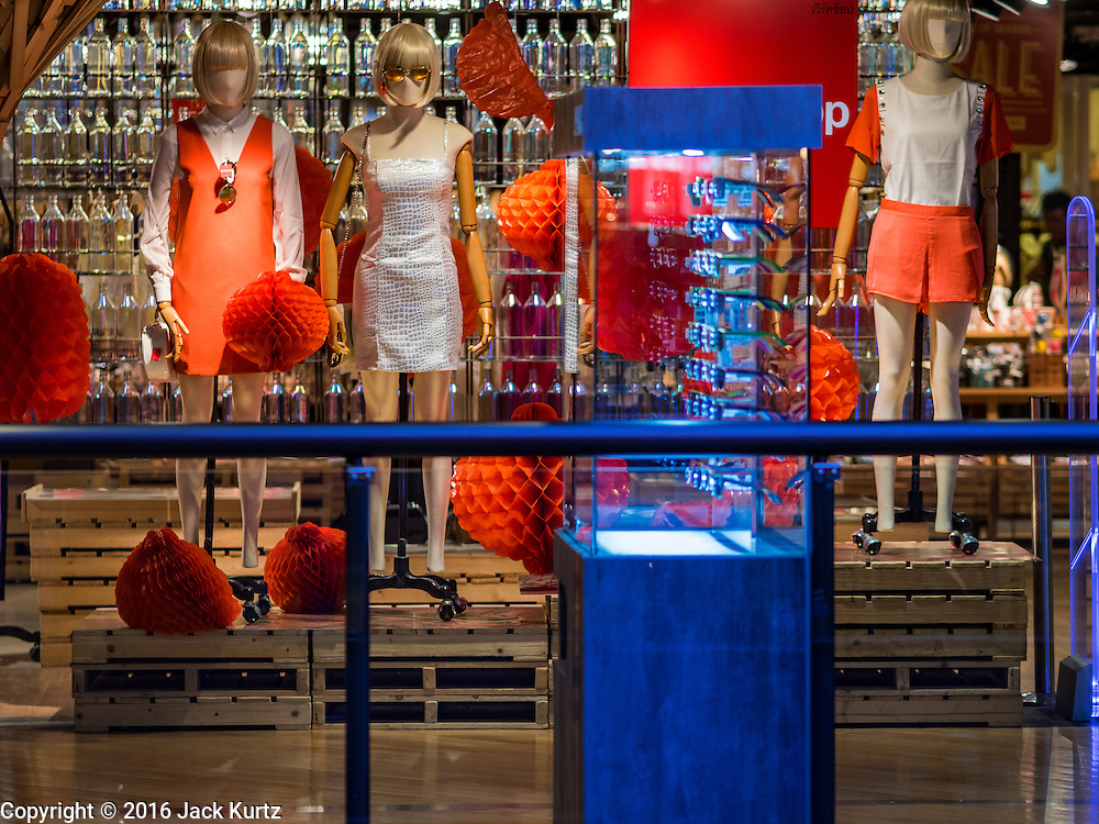 12 FEBRUARY 2016 - BANGKOK, THAILAND: A fashion display in Siam Center, one of the trendiest malls in Bangkok. It's in the middle of Bangkok's exclusive retail area.           PHOTO BY JACK KURTZ