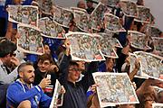 DESCRIZIONE : Campionato 2014/15 Dinamo Banco di Sardegna Sassari - Enel Brindisi<br /> GIOCATORE : David Logan<br /> CATEGORIA : Pubblico Tifosi Spettatori Curiosita<br /> SQUADRA : Dinamo Banco di Sardegna Sassari<br /> EVENTO : LegaBasket Serie A Beko 2014/2015<br /> GARA : Dinamo Banco di Sardegna Sassari - Enel Brindisi<br /> DATA : 27/10/2014<br /> SPORT : Pallacanestro <br /> AUTORE : Agenzia Ciamillo-Castoria / Luigi Canu<br /> Galleria : LegaBasket Serie A Beko 2014/2015<br /> Fotonotizia : Campionato 2014/15 Dinamo Banco di Sardegna Sassari - Enel Brindisi<br /> Predefinita :