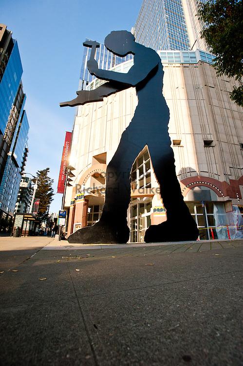 2011 October 27 - Hammering Man, Seattle Art Museum. Seattle, WA, USA. Photo by Richard Walker