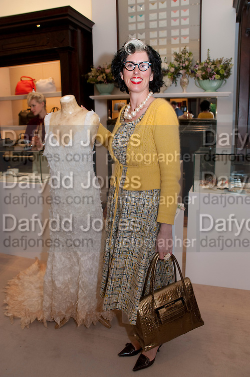 LINDSAY TAYLOR, Smythson Royal Wedding exhibition preview. Smythson together with Janice Blackburn has commisioned 5 artist designers to create their own interpretations of  Royal wedding memorabilia. Smythson. New Bond St. London. 5 April 2011.  -DO NOT ARCHIVE-© Copyright Photograph by Dafydd Jones. 248 Clapham Rd. London SW9 0PZ. Tel 0207 820 0771. www.dafjones.com.