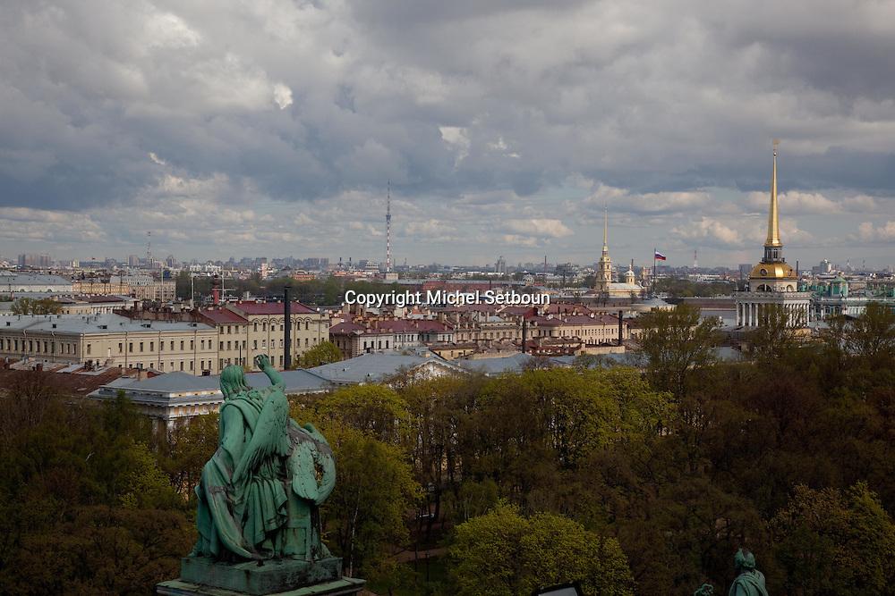 High angle view on the city of St. Petersburg, Russia.///.vue generale sur la ville de Saint petersbourg. russie