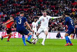 Wayne Rooney of England shoots at goal - Mandatory by-line: Robbie Stephenson/JMP - 15/11/2018 - FOOTBALL - Wembley Stadium - London, England - England v United States of America - International Friendly