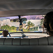 Sulle tipiche Cadillac degli anni 50. Simbolo di Cuba e dell'embargo