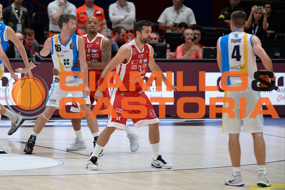 Drake Diener,Hickman Richard<br /> Olimpia EA7 Emporio Armani Milano vs Vanoli Cremona<br /> Lega Basket Serie A 2016/2017<br /> PlayOff semifinale gara 2<br /> Milano 14/05/2017<br /> Foto Ciamillo-Castoria / I.Mancini
