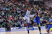 DESCRIZIONE : Eurolega Euroleague 2015/16 Group D Dinamo Banco di Sardegna Sassari - Maccabi Fox Tel Aviv<br /> GIOCATORE : Jarvis Varnado<br /> CATEGORIA : Tiro Penetrazione Sottomano<br /> SQUADRA : Dinamo Banco di Sardegna Sassari<br /> EVENTO : Eurolega Euroleague 2015/2016<br /> GARA : Dinamo Banco di Sardegna Sassari - Maccabi Fox Tel Aviv<br /> DATA : 03/12/2015<br /> SPORT : Pallacanestro <br /> AUTORE : Agenzia Ciamillo-Castoria/L.Canu