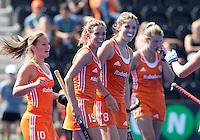 LONDEN -  Vreugde bij Kelly Jonker, Ellen Hoog ,  Valerie Magis na een doelpunt tijdens de wedstrijd tussen de dames van Nederland en Polen bij  het Europees Kampioenschap hockey in Londen. ANP KOEN SUYK