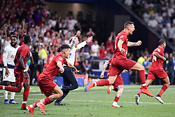 June 1, 2019 - Madrid, Spagna - Foto Alfredo Falcone - LaPresse.01/06/2019 Madrid ( Spagna).Sport Calcio.Liverpool - Tottenham.Finale Uefa Champions League 2018 2019 - Stadio Wanda Metropolitano di Madrid.Nella foto: i giocatori del Liverpool esultano per la vittoria.Photo Alfredo Falcone - LaPresse.01/06/2019 Madrid (spain).Sport Soccer.Liverpool - Tottenham.Final Uefa Champions League  2018 2019 - Wanda Metropolitano Stadium of Madrid.In the pic: Liverpool platers celebrates (Credit Image: © Alfredo Falcone/Lapresse via ZUMA Press)