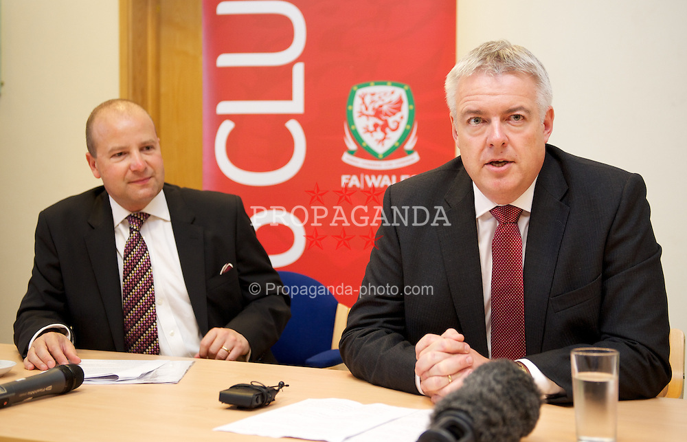 NEWPORT, WALES - Wednesday, July 4, 2012: First Minister Carwyn Jones with FAW Chief Executive Jonathan Ford at a press conference as the Football Association of Wales opens the first 3G pitch at the National Development Centre at the Newport International Sports Village. (Pic by David Rawcliffe/Propaganda)