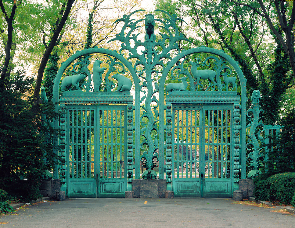 Rainey Memorial Gate Bronx Zoo Bronx Nyc Ny Jake