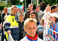 23-08-2008 VOETBAL:WILLEM II:OPENDAG:TILBURG<br /> Marijn van Gestel, Steward<br /> Foto: Geert van Erven