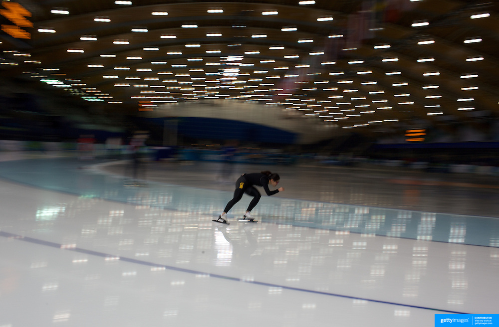 Winter Olympics, Vancouver, 2010.An Athlete training at the Speed Skating venue at Richmond Oval in preparation for the Long Track Speed Skating event at the Winter Olympics. 8th February 2010. Photo Tim Clayton