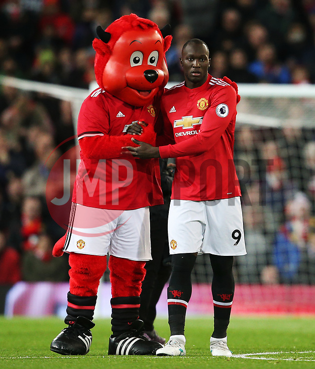 Romelu Lukaku of Manchester United shakes hands with mascot Fred the Red - Mandatory by-line: Matt McNulty/JMP - 18/11/2017 - FOOTBALL - Old Trafford - Manchester, England - Manchester United v Newcastle United - Premier League