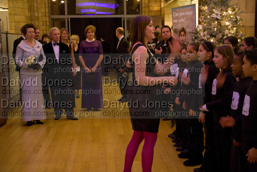 The Princess Royal and Gordon Campbell Gray chairman of the event. . Save the Children's Festival of Trees Gala dinner. Natural History Museum. London. 4 December 2007. -DO NOT ARCHIVE-© Copyright Photograph by Dafydd Jones. 248 Clapham Rd. London SW9 0PZ. Tel 0207 820 0771. www.dafjones.com.
