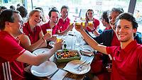AMSTERDAM- Eerste ronde VODW Business Cup bedrijfshockey. FOTO KOEN SUYK