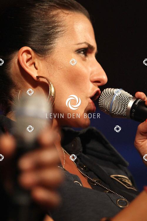 ALEM - Op alempop trad de formatie Captain Jack weer op met als zangeres Laura Martin. FOTO LEVIN DEN BOER - PERSFOTO.NU