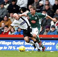 Photo: Dave Linney.<br />Derby County v Plymouth Argyle. Coca Cola Championship. 25/02/2006Plymouth's .David Norris(R) gives Derby's  Richard Jackson an ear bending
