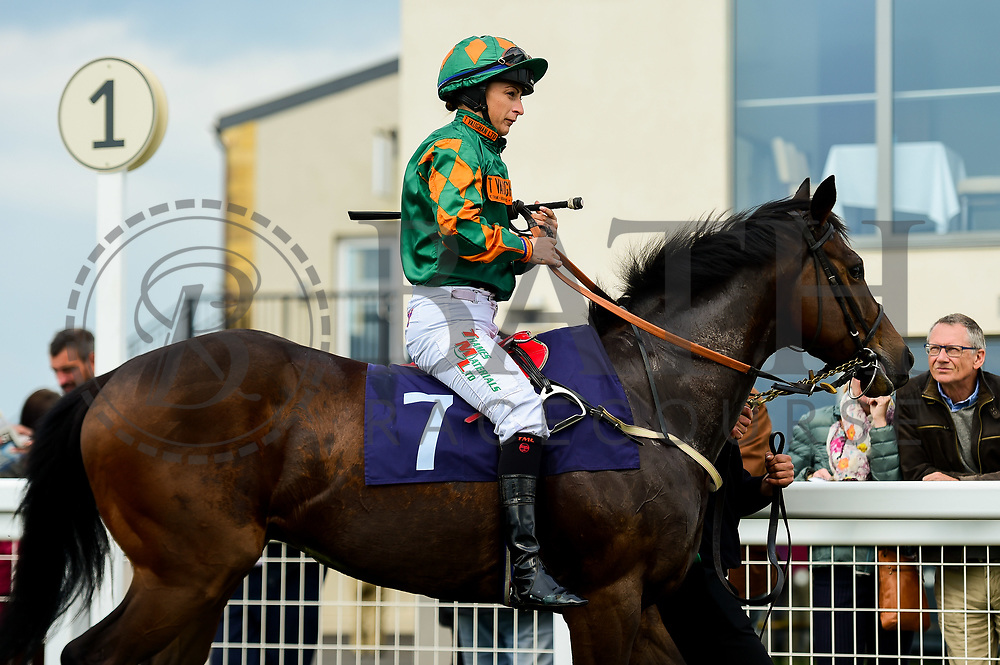 Champion Brogie ridden by Nicola Currie and trained by J S Moore in the Value Rater Racing Club Is Free Handicap race.  - Mandatory by-line: Ryan Hiscott/JMP - 01/05/2019 - HORSE RACING - Bath Racecourse - Bath, England - Wednesday 1 May 2019 Race Meeting