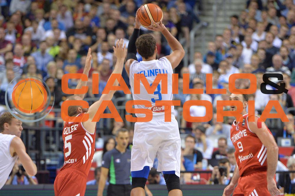 DESCRIZIONE : Berlino Berlin Eurobasket 2015 Group B Turkey Italy <br /> GIOCATORE :Marco Belinelli<br /> CATEGORIA :Controcampo tiro ritardo<br /> SQUADRA : Italy<br /> EVENTO : Eurobasket 2015 Group B <br /> GARA : Turkey Italy<br /> DATA : 05/09/2015 <br /> SPORT : Pallacanestro <br /> AUTORE : Agenzia Ciamillo-Castoria/Mancini Ivan<br /> Galleria : Eurobasket 2015 <br /> Fotonotizia : Berlino Berlin Eurobasket 2015 Group B Turkey Italy