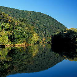 Kent, CT.  The Housatonic River in the Litchfield Hills of western Connecticut.  Early morning.