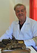 05/06/15 - CHATEL GUYON - PUY DE DOME - FRANCE - Commemoration officielle des 110 ans de la Course GORDON BENNETT. Portrait de Jean OZIOL, plus grand collectionneur d objet sur la course - Photo Jerome CHABANNE