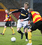 Dundee's Kevin McDonald runs at Partick Thistle's defence during the IRN BRU Scottish League First Division match between Partick Thistle and Dundee at Firhill<br /> <br /> ,<br /> Monifieth,<br /> <br /> 0776 5252616