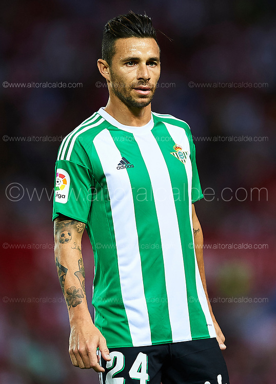 SEVILLE, SPAIN - SEPTEMBER 20:  Ruben Castro of Real Betis Balompie looks on during the match between Sevilla FC vs Real Betis Balompie as part of La Liga at Estadio Ramon Sanchez Pizjuan on September 20, 2016 in Seville, Spain.  (Photo by Aitor Alcalde Colomer/Getty Images)