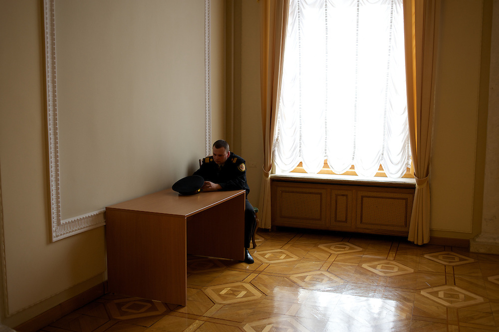 KIEV, UKRAINE - February 22, 2014: A policeman guards a room at the Ukrainian parliament building in Kiev. CREDIT: Paulo Nunes dos Santos
