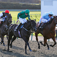 Apothecary and Nicky Mackay winning the 1.00 race