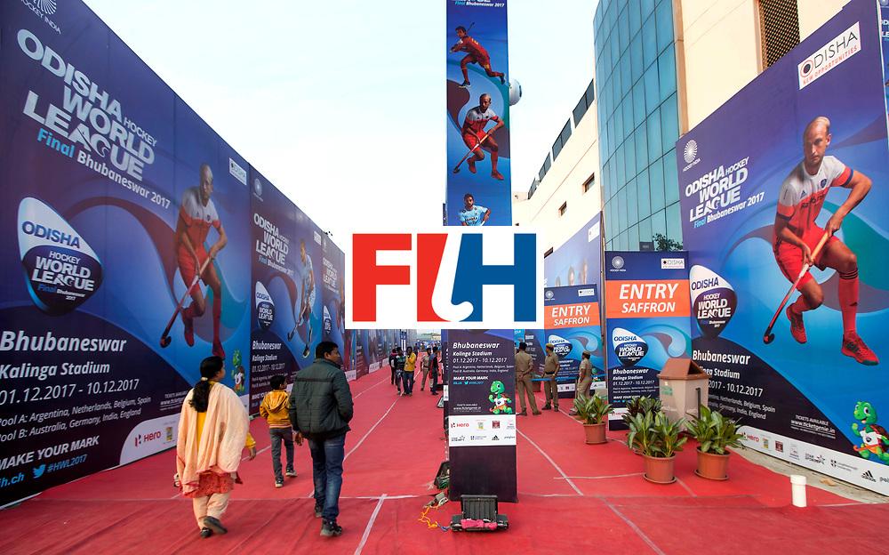 BHUBANESWAR - de buitenkant van het Kalinka Hockey Stadion met grote afbeeldingen van Billy Bakker   tijdens de Hockey World League Final COPYRIGHT  KOEN SUYK