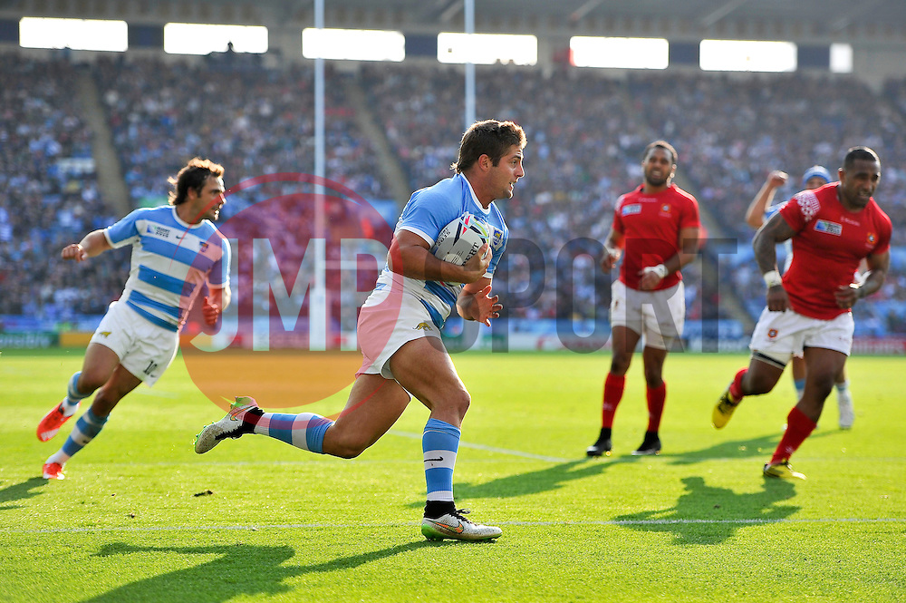 Santiago Cordero of Argentina runs in a try in the second half - Mandatory byline: Patrick Khachfe/JMP - 07966 386802 - 04/10/2015 - RUGBY UNION - Leicester City Stadium - Leicester, England - Argentina v Tonga - Rugby World Cup 2015 Pool C.
