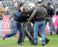 ◊Copyright:<br />GEPA pictures<br />◊Photographer:<br />Norbert Juvan<br />◊Name:<br />Sicherheitskräfte<br />◊Rubric:<br />Sport<br />◊Type:<br />Fussball<br />◊Event:<br />OEFB Stiegl-Cup, SV Mattersburg vs FK Austria Mempis Wien<br />◊Site:<br />Mattersburg, Austria<br />◊Date:<br />10/04/04<br />◊Description:<br />randalierender Austria-Fan, Sicherheitskräfte<br />◊Archive:<br />DCSNJ-1004041310<br />◊RegDate:<br />10.04.2004<br />◊Note:<br />8 MB - KA/KA