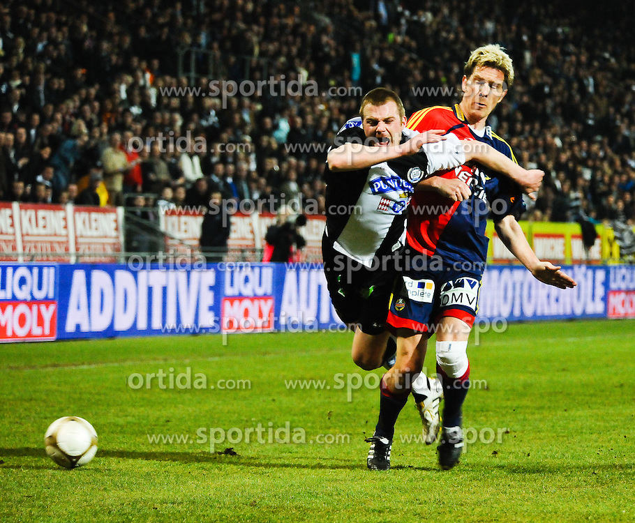20.03.2010, UPC Arena, Graz, AUT, 1. FBL, SK Puntigamer Sturm Graz vs SK Rapid Wien, im Bild Klemen Lavric, 30, SK Sturm Graz, Ragnvald Soma, 22, SK Rapid Wien, EXPA Pictures © 2010, PhotoCredit: EXPA/ S. Zangrando / SPORTIDA PHOTO AGENCY