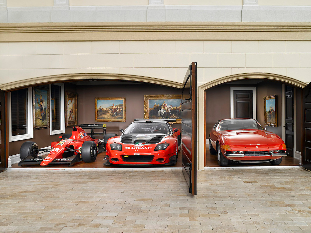 Collectors Garage 3 red Ferraris Maranello, F1 and Daytona coupe