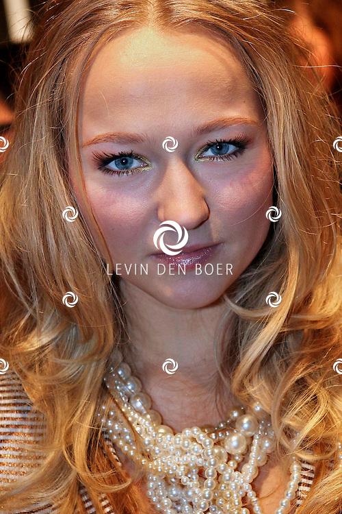 AMSTERDAM - Carolien Spoor op de premiere van de film Loft dinsdag in Amsterdam. De film is vanaf 16 december in de Nederlandse bioscopen te zien. FOTO LEVIN DEN BOER - PERSFOTO.NU