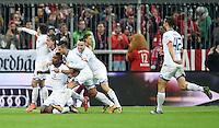 FUSSBALL  1. BUNDESLIGA  SAISON 2015/2016  24. SPIELTAG FC Bayern Muenchen - 1. FSV Mainz 05       02.03.2016 JUBEL 1. FSV Mainz 05; Teamjubel nach dem Tor zum 1-2 Siegtreffer durch Jhon Cordoba (2.v.li)