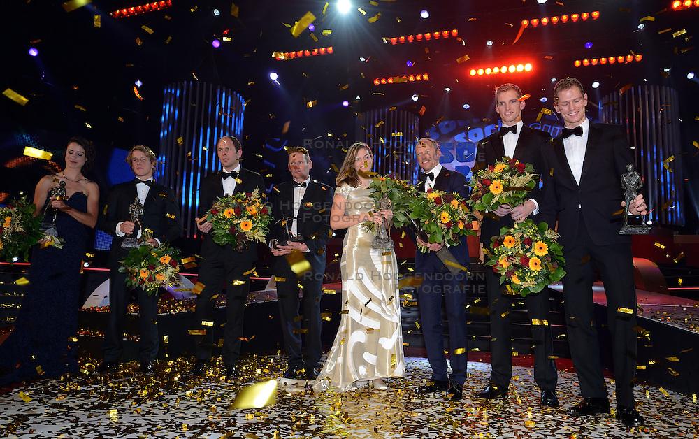 17-12-2013 ALGEMEEN: SPORTGALA NOC NSF 2013: AMSTERDAM<br /> In de Amsterdamse RAI vindt het traditionele NOC NSF Sportgala weer plaats.(L-R) Winnaars Teun de Nooijer, Marianne Vos, Epke Zonderland, Adri van der Poel, vader van talent van het jaar Mathieu van der Poel, Marlou van Rhijn, Gerard Kemkers, Robert Meeuwsen en Alexander Brouwer met hun trofeeen tijdens het NOC*NSF sportgala 2013<br /> ©2013-FotoHoogendoorn.nl