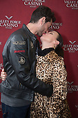 2013-10-19 TASTE Festival of Food, Wine and Spirits Debi Mazar Meet and Greet