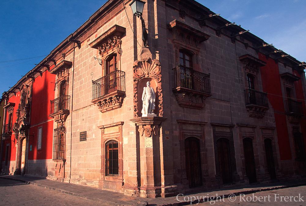 MEXICO, COLONIAL CITIES San Miguel de Allende: Allende Museum
