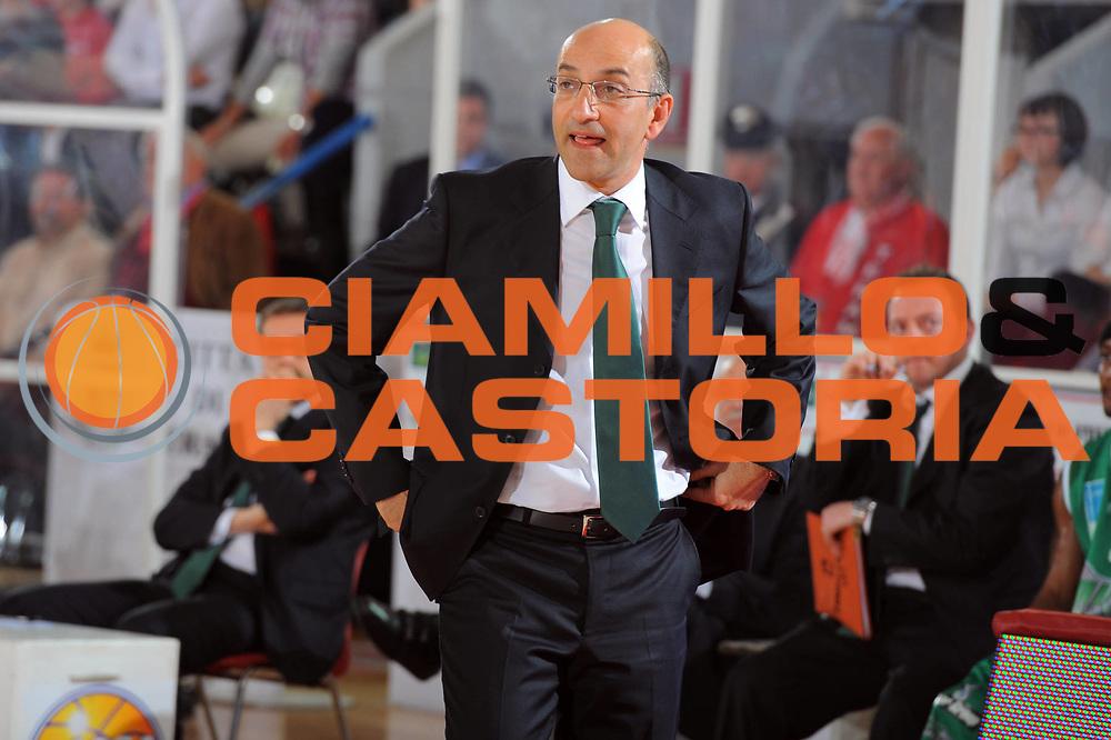 DESCRIZIONE : Teramo Lega A 2010-11 Banca Tercas Teramo Air Avellino<br /> GIOCATORE : Francesco Vitucci Coach<br /> SQUADRA : Air Avellino<br /> EVENTO : Campionato Lega A 2010-2011<br /> GARA : Banca Tercas Teramo Air Avellino<br /> DATA : 27/03/2011<br /> CATEGORIA : ritratto   <br /> SPORT : Pallacanestro <br /> AUTORE : Agenzia Ciamillo-Castoria/GiulioCiamillo<br /> GALLERIA: Lega Basket 2011 -2011<br /> FOTONOTIZIA: Teramo Basket Serie A 2010-11 Banca Tercas Teramo Air Avellino<br /> PREDEFINITA: