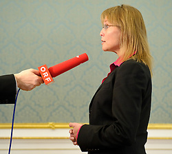 02.02.2012, Justizministerium, Wien, AUT, Pressekonferenz mit Bundesministerin fuer Justiz Dr. Beatrix Karl zum Thema Vertrauensoffensive Justiz mit Veroeffentlichung von Ergebnissen der Karmasin Studie, im Bild Justizministerin Dr. Beatrix Karl im Interview mit ORF // during the press conference with minister of justice Dr. Beatrix Karl about the topic confidential offensive ministry of justice and publishing the result of Karmasin study, Ministry of Justice, Vienna, 2012-02-02, EXPA Pictures © 2012, PhotoCredit: EXPA/ M. Gruber
