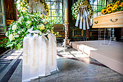 Prinses Christina opgebaard in de Koepel van Fagel.  De koepel was ooit onderdeel van de omvangrijke woning van de regentenfamilie Fagel, ooit buren van de koninklijke familie. <br /> <br /> Princess Christina laid out in the Dome of Fagel. The dome was once part of the large home of the regent family Fagel, once neighbors of the royal family.