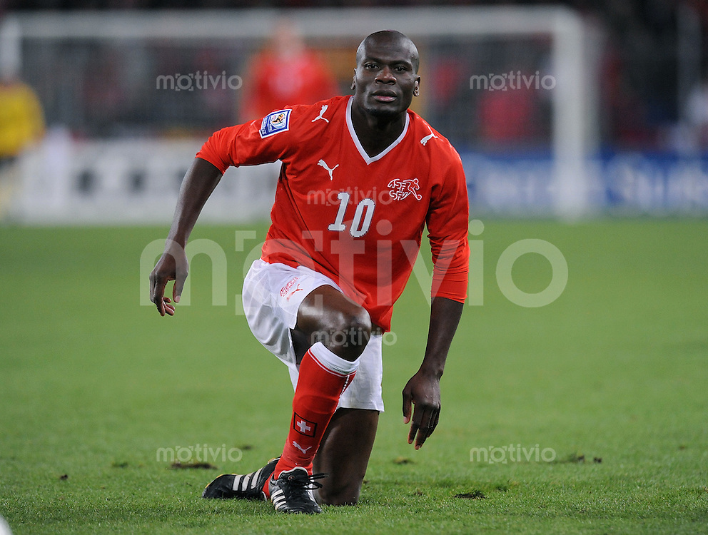 Fussball International   WM  2010  Qualifikation  Gruppe 2    14.10.2009 Schweiz - Israel Blaise Nkufo  (SUI)