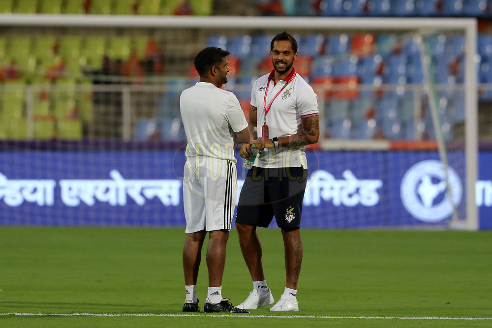 Robin Singh of ATK before the start of the match 52 of the Hero Indian Super League between FC Pune City and ATK  held at the Shree Shiv Chhatrapati Sports Complex Stadium, Pune, India on the 20th January 2018<br /> <br /> Photo by: Vipin Pawar  / ISL / SPORTZPICS